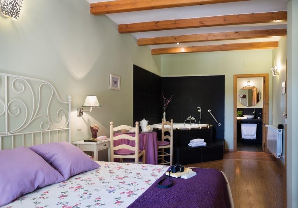 casa-rural-mielyromero-habitacion-romero